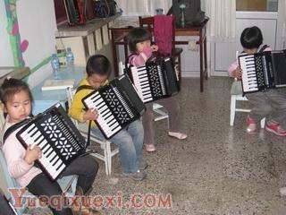 孩子学习手风琴9大好处